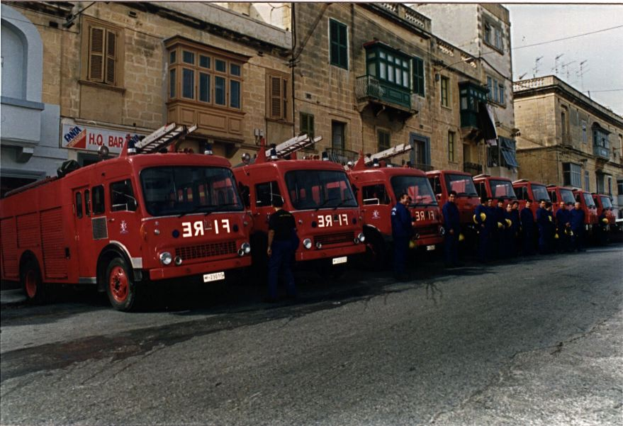 Used Land Rovers >> EMERGENCY SERVICES - CIVIL PROTECTION DEPARTMENT